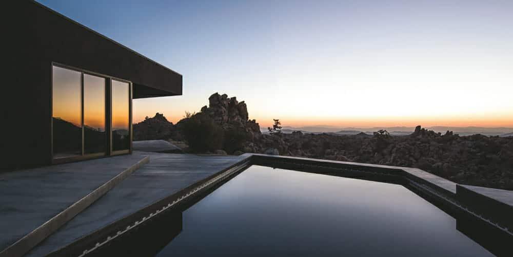 Black Desert House: Mark Atlan and Oller & Pejic Architecture