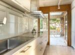 modernist-villa-above-the-sea-6