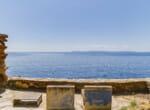 modernist-cliff-villa-by-the-sea-8